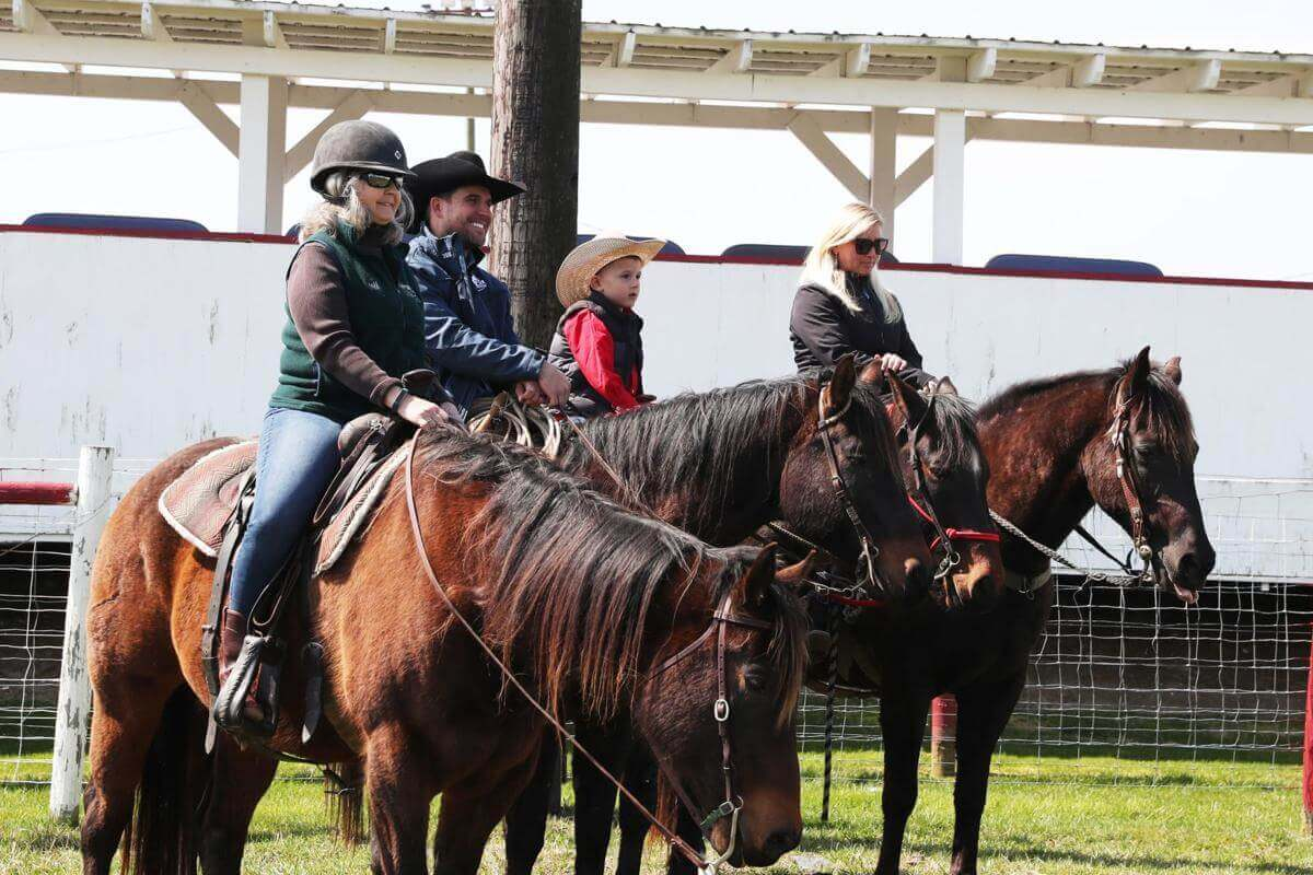 Cowtown Rodeo Pilesgrove Nj 4 7 4 28 Go Country Events